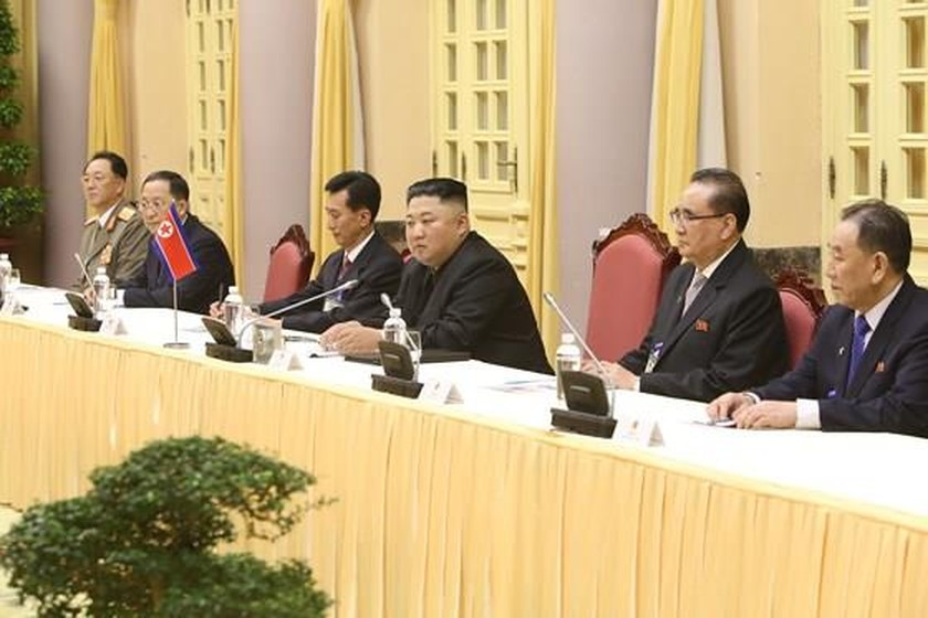 Top leader welcomes, holds talks with DPRK Chairman ảnh 13