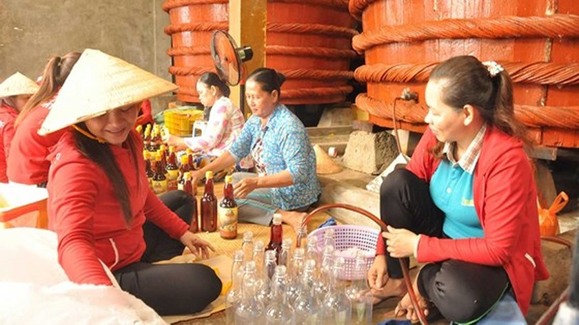 Traditional fish sauce cannot be equated with industrial one ảnh 1