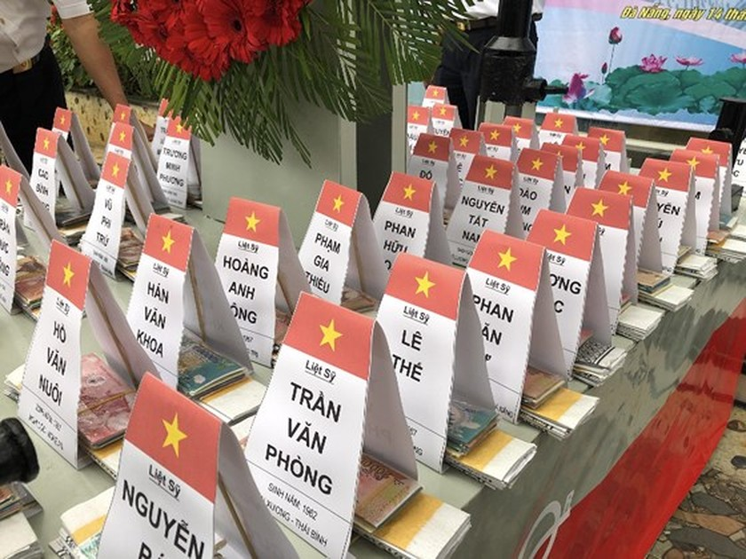 Ceremony commemorates fallen soldiers in Gac Ma battle ảnh 11