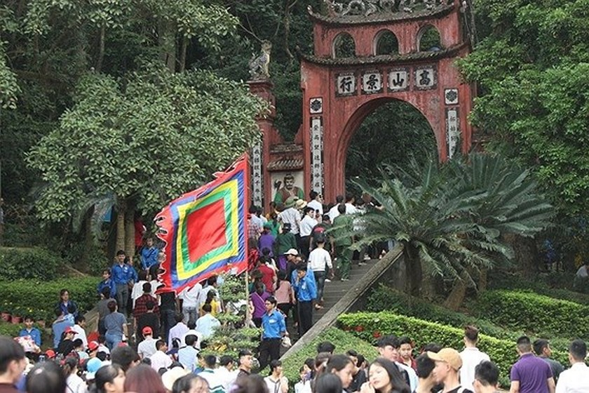 Hung Kings' death anniversary commemorated nationwide ảnh 2