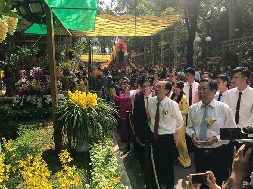First Orchid Festival opens in HCMC ảnh 2