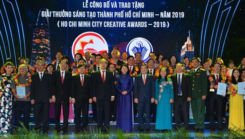 HCMC honors inspiring creators with reputable award for first time ảnh 1