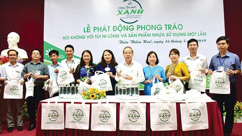 Plastic waste elimination efforts underway in Vietnam ảnh 4