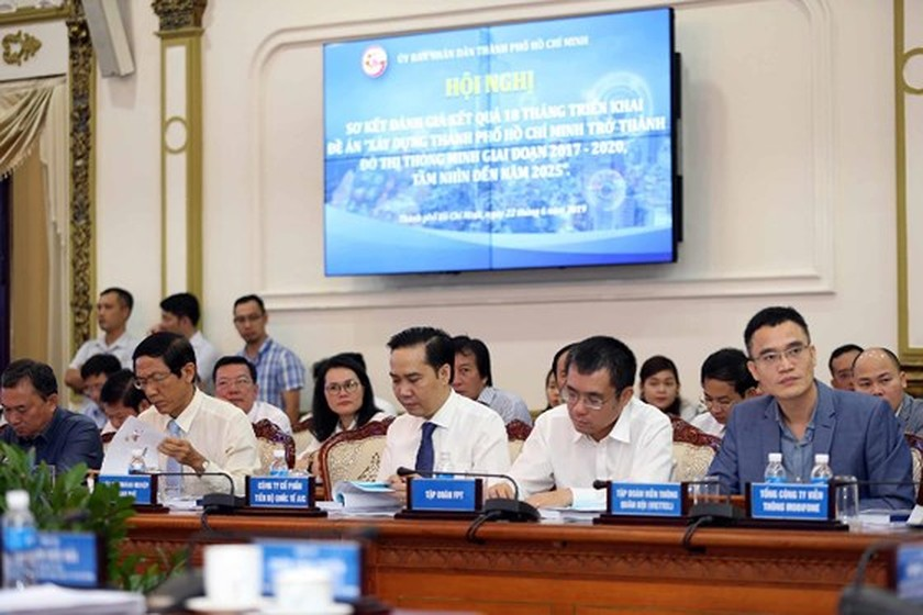 HCMC reviews 18 month implementation of smart city project ảnh 2