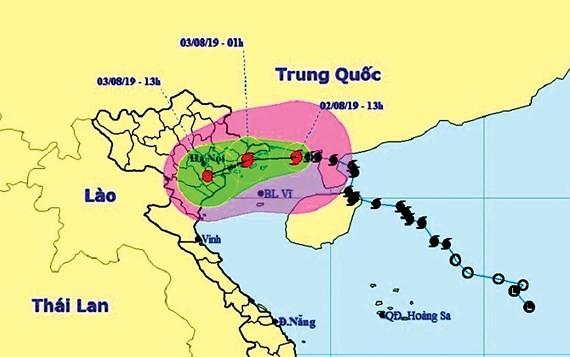 Typhoon Wipha makes landfall in Quang Ninh, drenching Northern Vietnam with rains ảnh 1