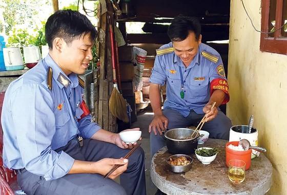 Vietnam railway runs outdated ảnh 3