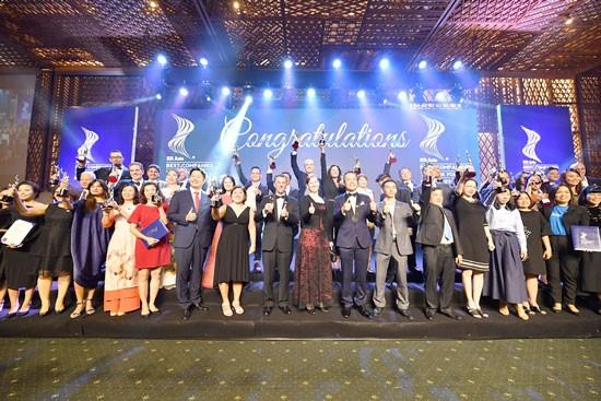 """Vietjet nhận giải """"Nơi làm việc tốt nhất châu Á 2019"""" ảnh 1"""