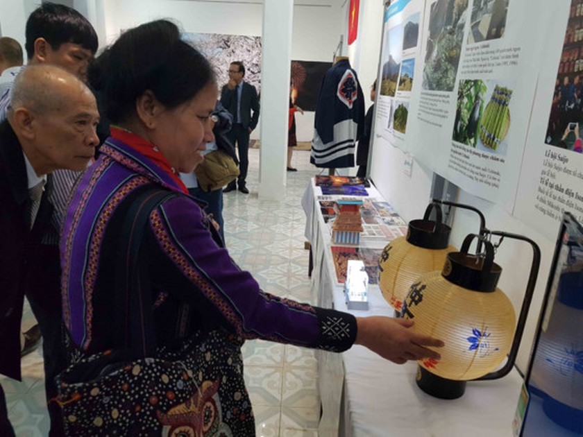 Activities of 7th Hue Craft Village Festival kicked off ảnh 3