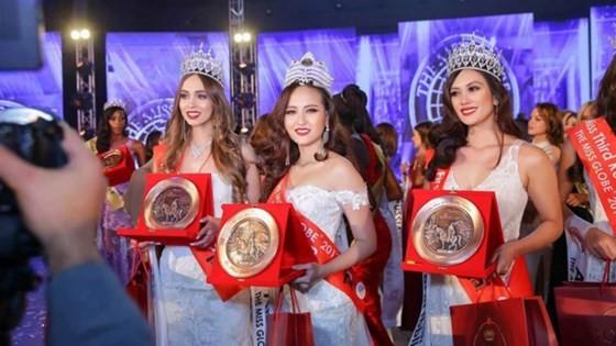 Khanh Ngan crowned at Miss Globe 2017 ảnh 2