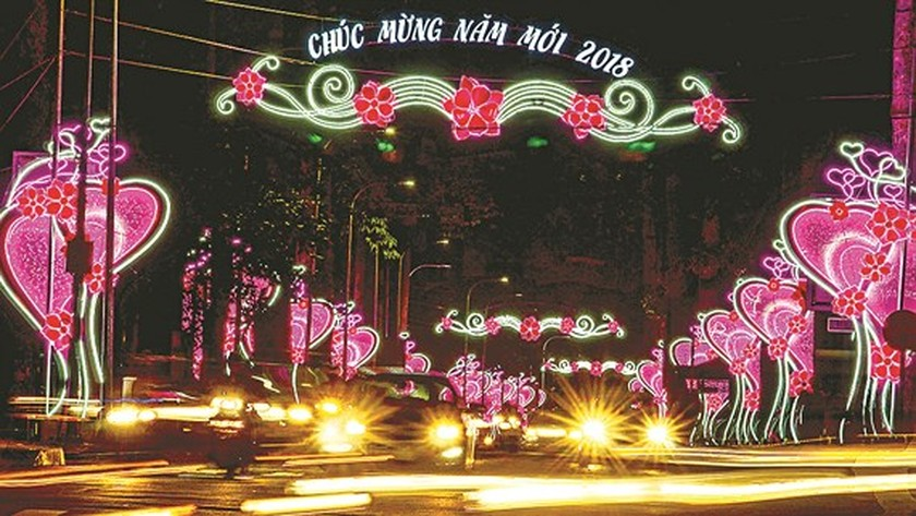 HCMC welcomes New Year 2018 ảnh 1