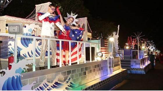 Carnival show 2018 lights up Danang ảnh 3