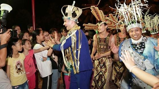 Carnival show 2018 lights up Danang ảnh 5
