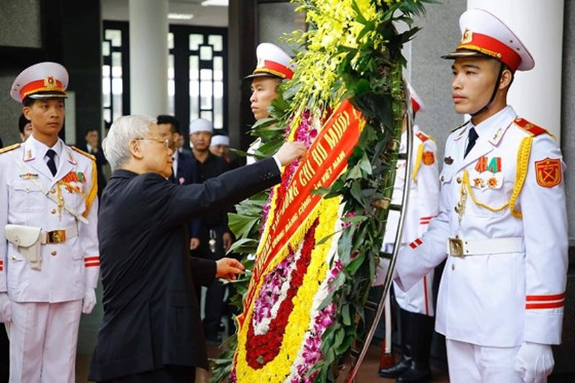 State funeral begins for former Party General Secretary Do Muoi ảnh 2