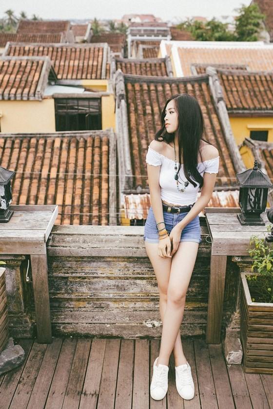 Miss Vietnam 2018 Tieu Vy introduces Hoian to Miss World ảnh 2