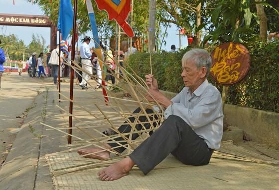 Sôi động giỗ Tổ nghề mộc Kim Bồng ảnh 8