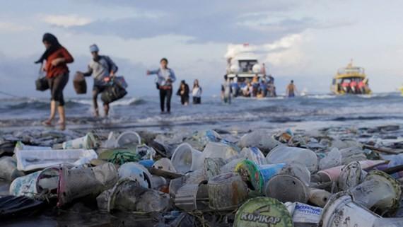 Rác thải nhựa tại Bali, Indonesia