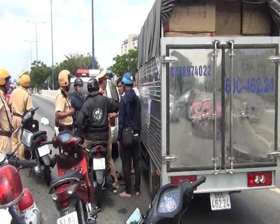 Công an TPHCM phá vụ tàng trữ, vận chuyển ma túy hơn 1,1 tấn ảnh 1