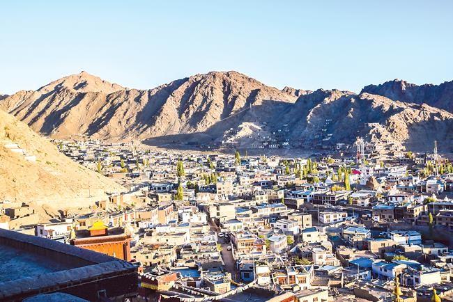 Trải nghiệm mạo hiểm  vùng chiến sự Ladakh ảnh 2