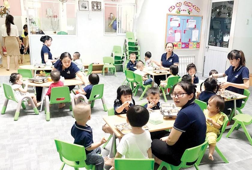 Tập trung giải quyết tình trạng thiếu giáo viên mầm non ảnh 1