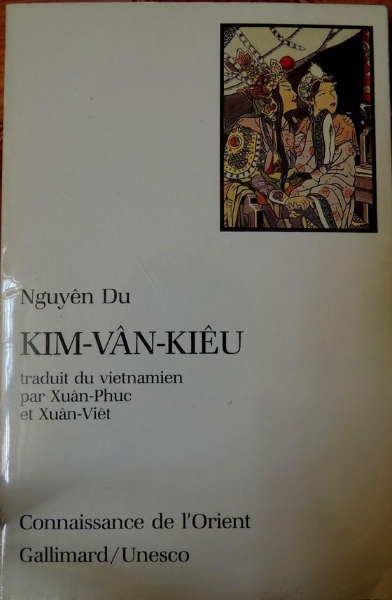 Tiếp nhận bộ sưu tập sách về Nguyễn Du và Truyện Kiều ảnh 2
