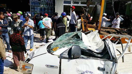 Tai nạn thảm khốc trên QL 20, ít nhất 5 người tử vong tại chỗ ảnh 3