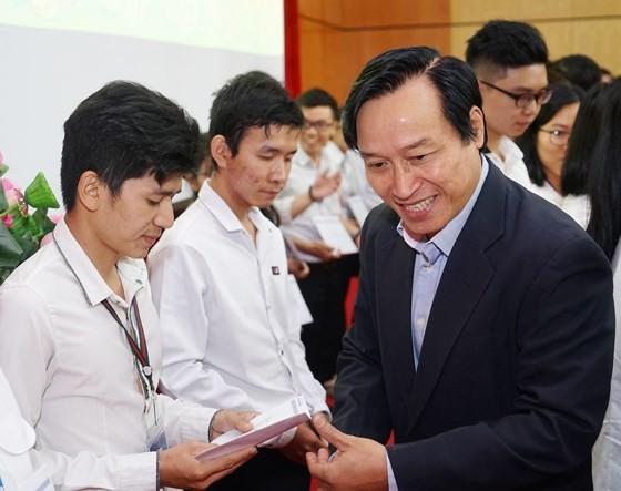 Trao học bổng Nguyễn Văn Hưởng năm 2018: 142 suất học bổng với tổng trị giá 1 tỷ 191 triệu đồng ảnh 5