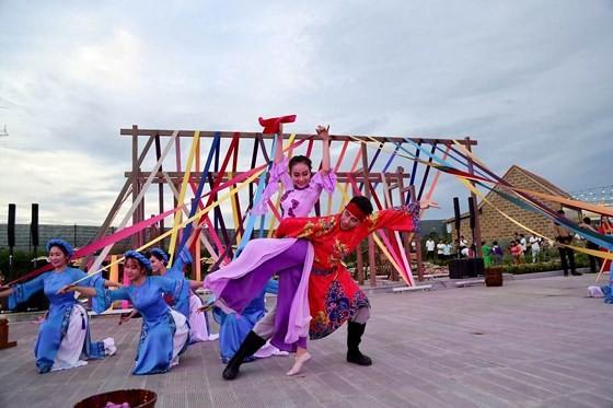 Hội An ra mắt công viên văn hoá trên sông Hoài ảnh 2