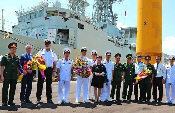 Đội tàu Hải quân Hoàng gia Canada thăm Đà Nẵng ảnh 4