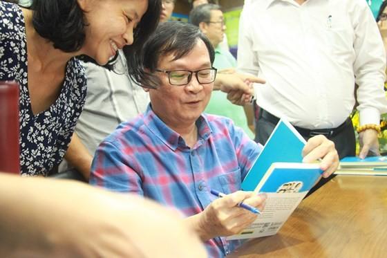 """Nhà văn Nguyễn Nhật Ánh gây hứng thú với """"Cảm ơn người lớn"""" ảnh 5"""