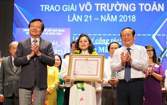 50 nhà giáo tiêu biểu của TPHCM được vinh danh Giải thưởng Võ Trường Toản ảnh 1