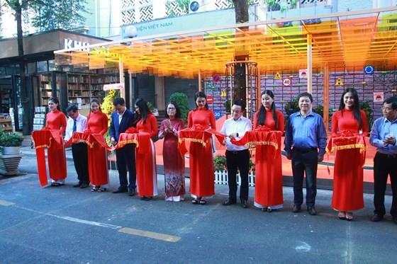 Đường sách TP Hồ Chí Minh mừng đón tuổi lên 3 ảnh 4