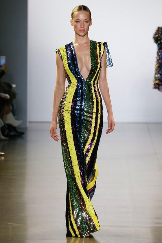 """Xem BST """"Cuộc dạo chơi của những vì sao"""" của Công Trí tại New York Fashion Week 2019 ảnh 26"""