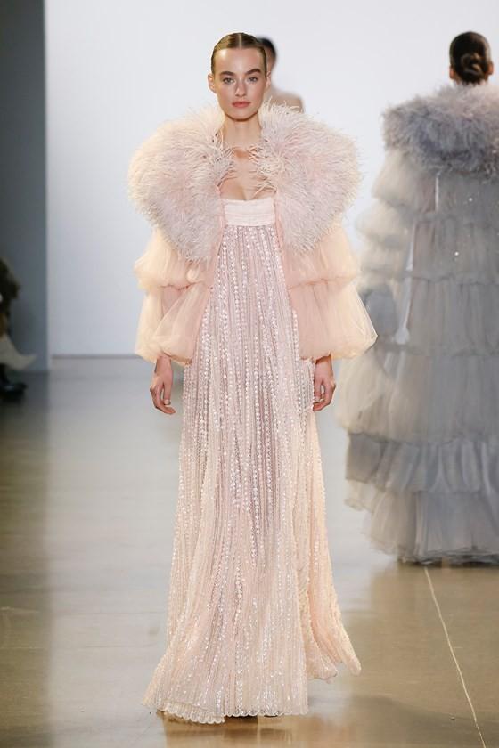 """Xem BST """"Cuộc dạo chơi của những vì sao"""" của Công Trí tại New York Fashion Week 2019 ảnh 32"""