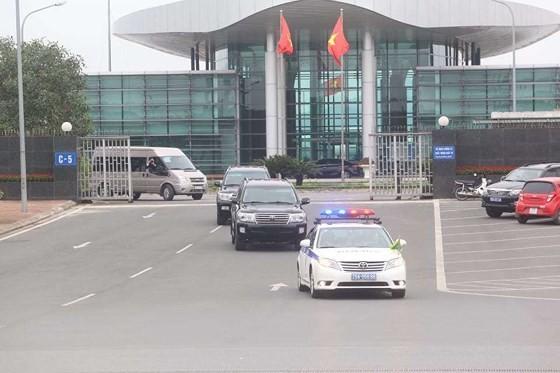 North Korean cargo plane arrives in Hanoi ảnh 2