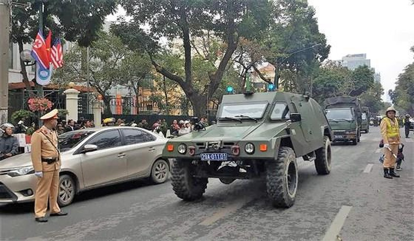 Armored vehicles used for enhancing security in Trump-Kim Submit ảnh 3