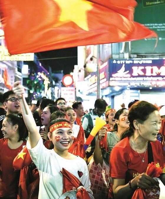 Rhythm of life in HCMC ảnh 3