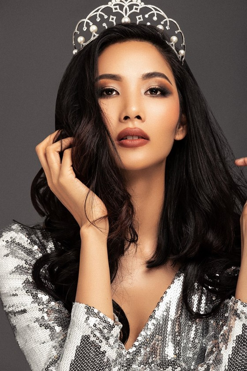 Hoang Thuy to join Miss Universe 2019 ảnh 3