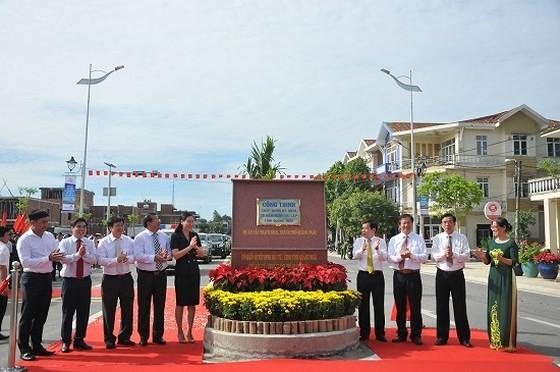 Quang Ngai province inaugurates Thach Bich bridge ảnh 2