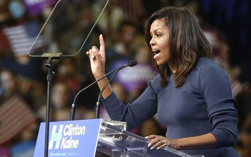 Michelle Obama's memoir 'Becoming' released in Vietnam ảnh 1