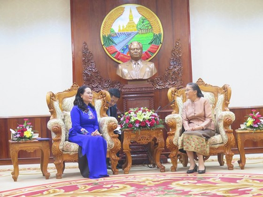 HCMC keens on boosting partnership with Vientiane ảnh 2