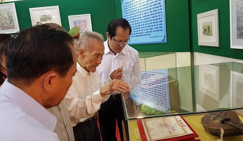 Exhibition celebrates 50-year implementation of late President's testament ảnh 2