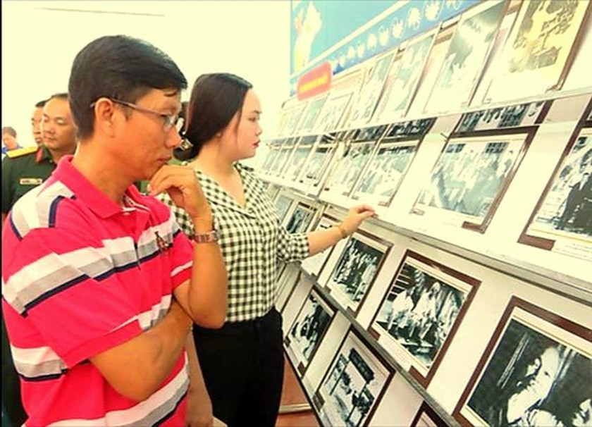 Can Tho city holds exhibitions on President Ho Chi Minh ảnh 1