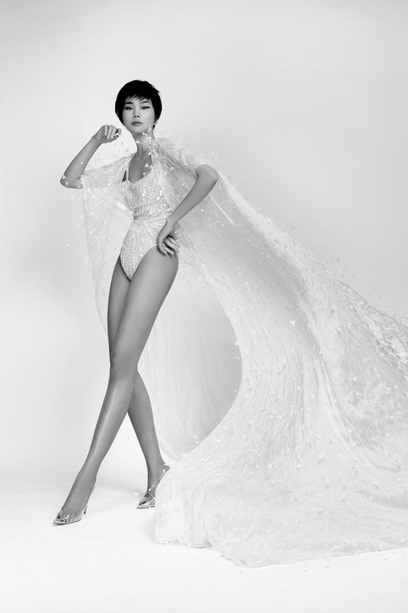 Leading model Thanh Hang chosen as the face of Cong Tri's fashion poster ảnh 5