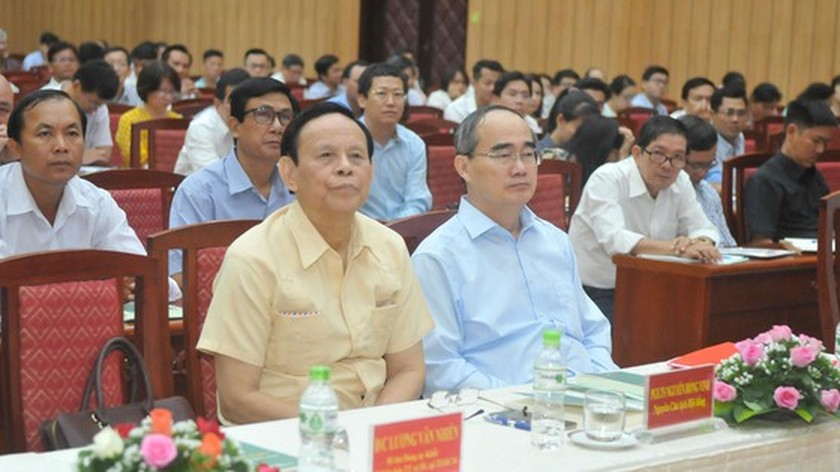 Training courses for theory, criticism of literature and art opens in city ảnh 2