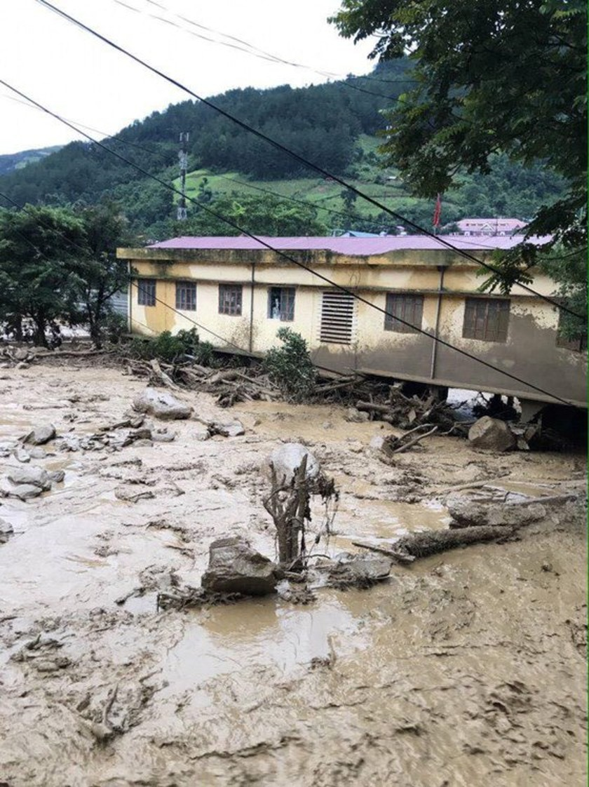 flashflood in northern moutainous provinces ảnh 4