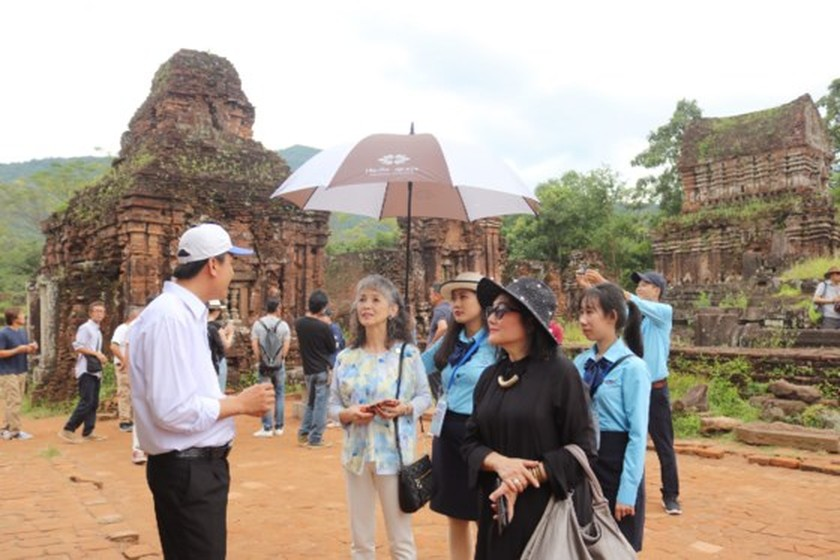 APEC ministers' excellency experience cultural heritage of Quang Nam  ảnh 11