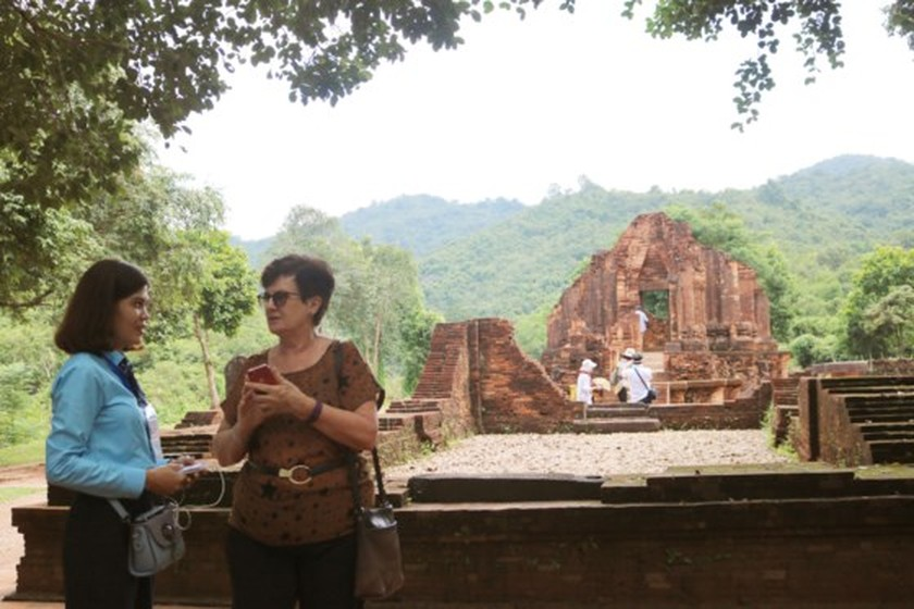 APEC ministers' excellency experience cultural heritage of Quang Nam  ảnh 10