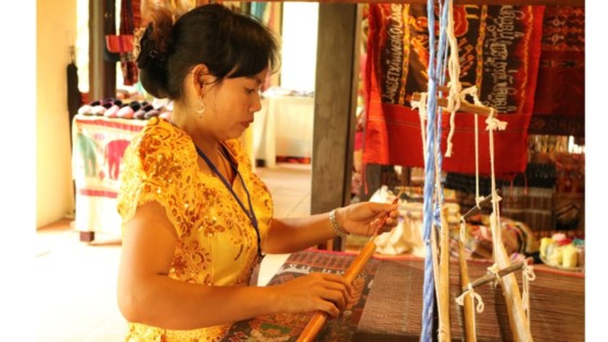 Giữ gìn bản sắc để tơ lụa Việt Nam vươn ra thế giới ảnh 3