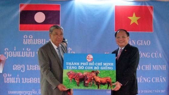 Tăng cường hợp tác giữa TPHCM và Thủ đô Viêng Chăn ảnh 5