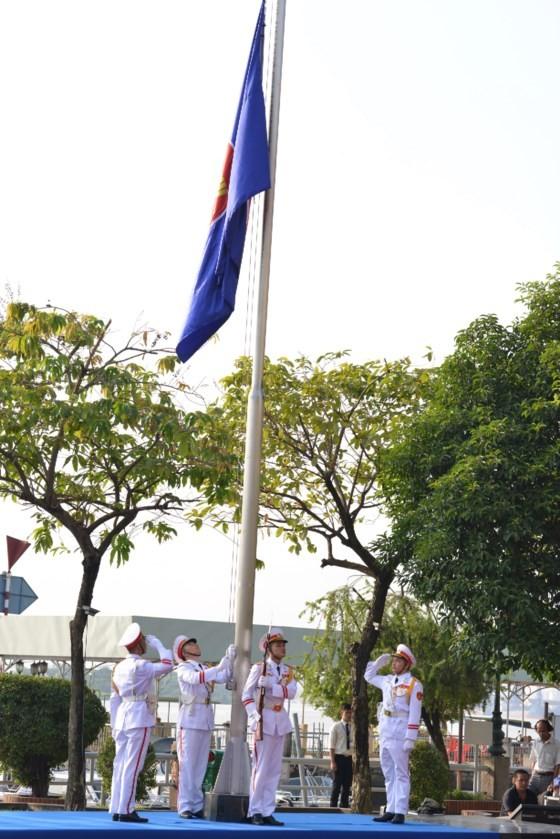 Kỷ niệm 50 năm thành lập ASEAN tại TPHCM ảnh 4